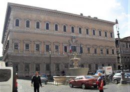 La façade du Palais Farnèse